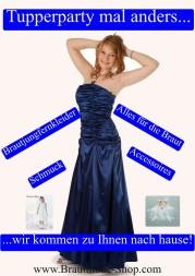 Tupperparty zu hause mit Kleidern