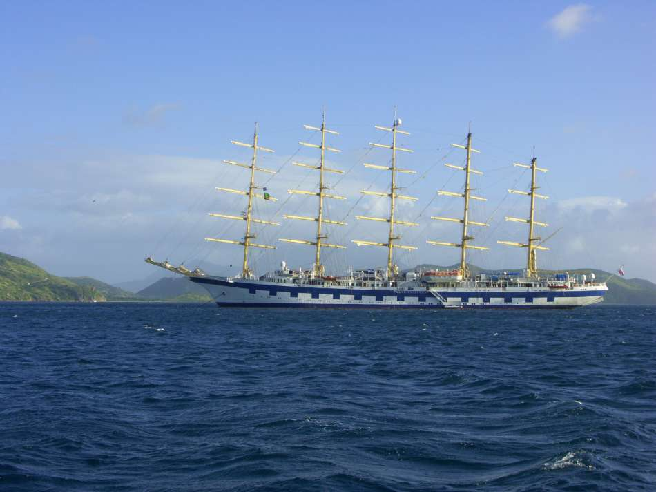 SV Royal Clipper | Vor St. Kitts | © Karibik Inside