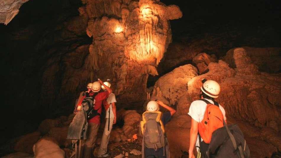 © Caves Branch Adventure Company & Jungle Lodge