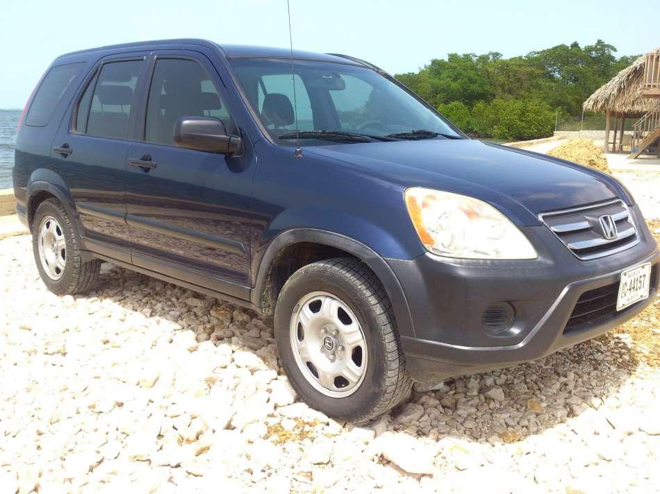 Mietwagen Belize | Honda CRV | © AQ Belize Auto Rentals 4 Less