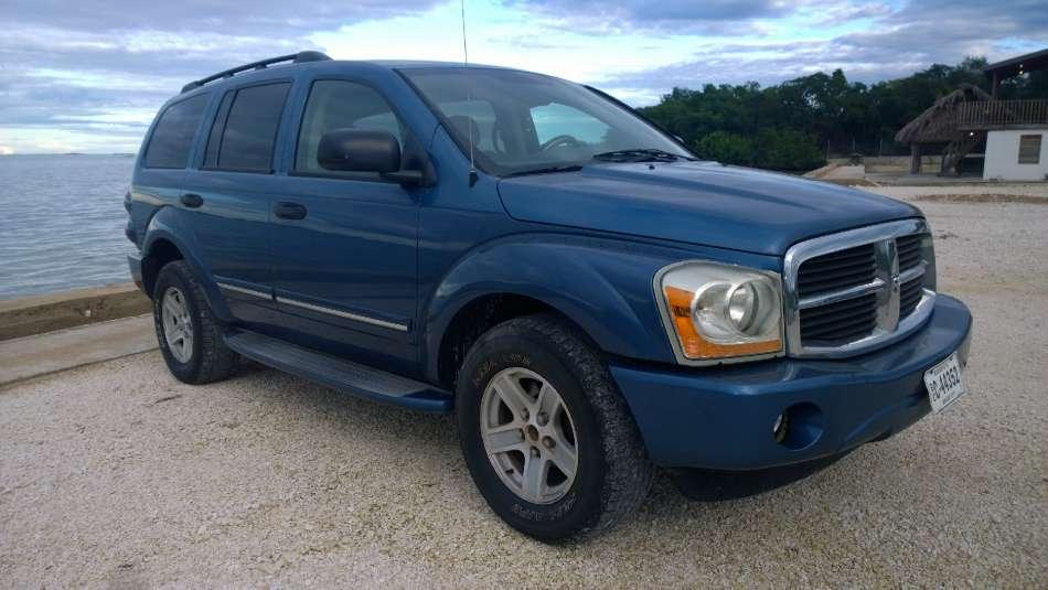 Mietwagen Belize | Dodge Durango | © AQ Belize Auto Rentals 4 Less