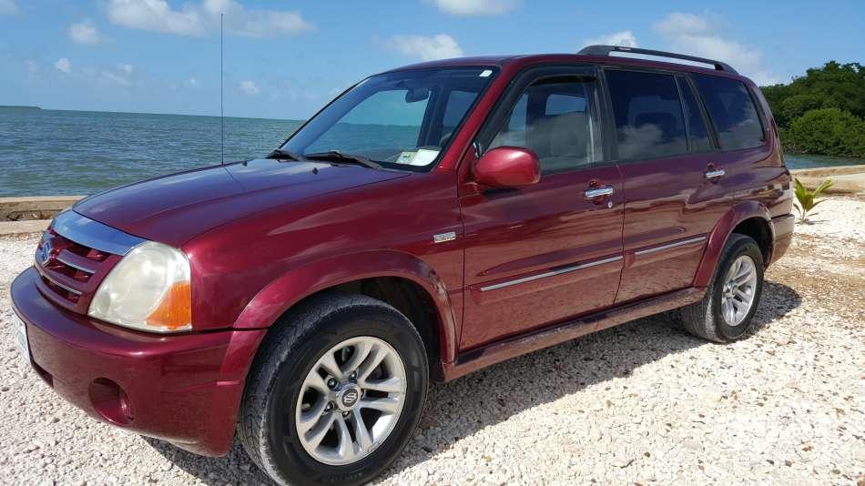 Mietwagen Belize | Suzuki XL7 | © AQ Belize Auto Rentals 4 Less