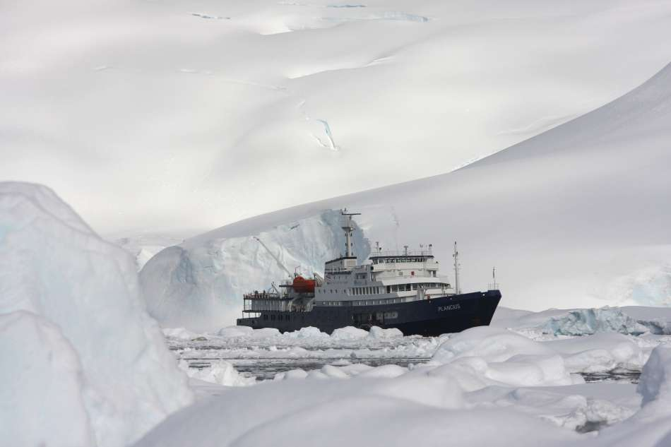 "MV ""Plancius"" 