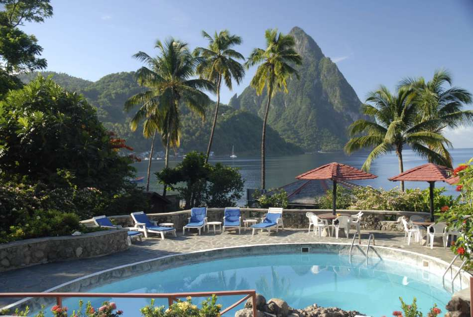 Hummingbird Beach Resort | Blick vom Restaurant zu den Pitons | © Hummingbird Beach Resort
